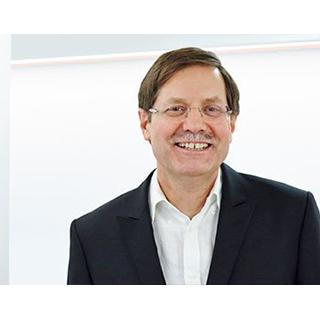 "<a href=""https://www.m1-privatklinik.de/prof-dr-stefan-eber/"">Prof. Dr. med. Stefan Eber</a>"